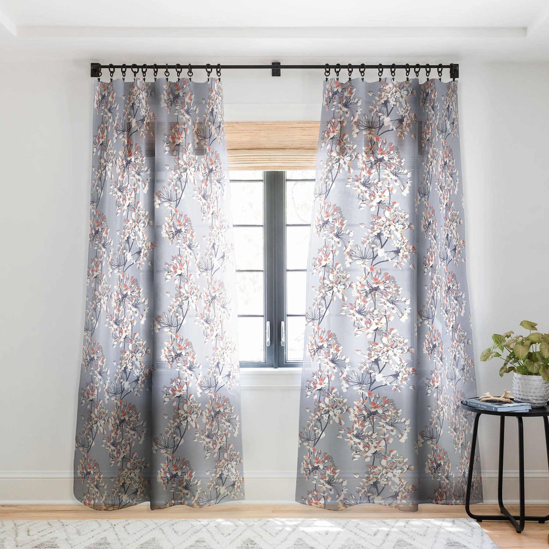 Delicate Floral Pattern Sheer Window Curtain