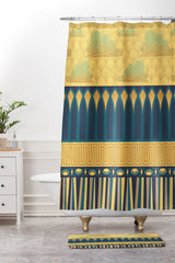 Raven Jumpo Royale Moderne Shower Curtain And Mat