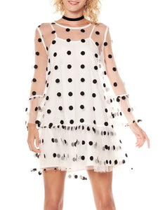 Gracia White w/ Black Polka Dots