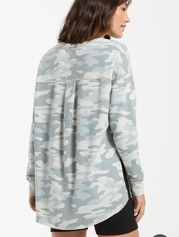 Dusty Camo V Neck Weekender