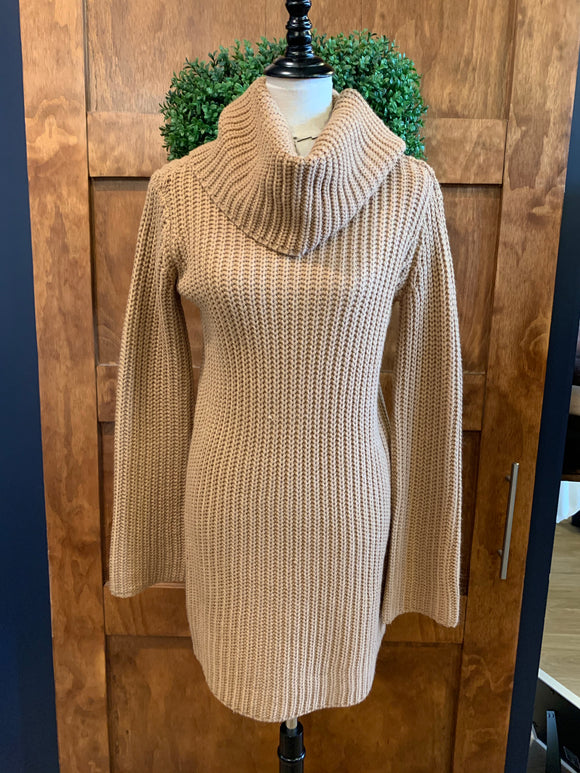 BB Dakota Camel Chunky Knit Sweater