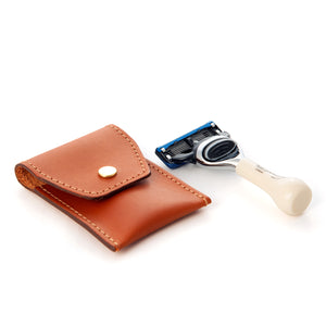 Mini Imitation Ivory Travel Fusion Razor in Leather pouch
