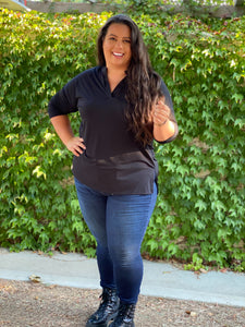 Quaint and Comfy 3/4 Sleeve Top in Black - M & H