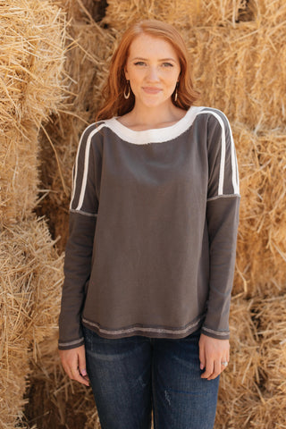 Sporty Weekender Top - One Size XL - M & H