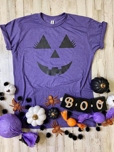Adult Pumpkin Face with Eyelashes Graphic Tee In Purple