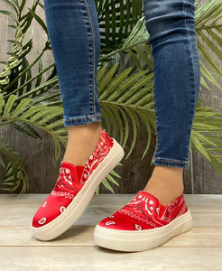 Long Walk Slide Ons In Red Bandana - M & H