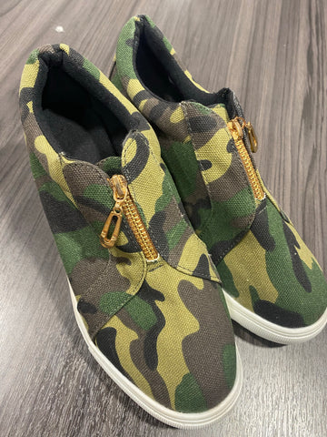 Camo Zipper Front Shoe - M & H