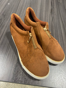 Suede zipper front shoe - M & H
