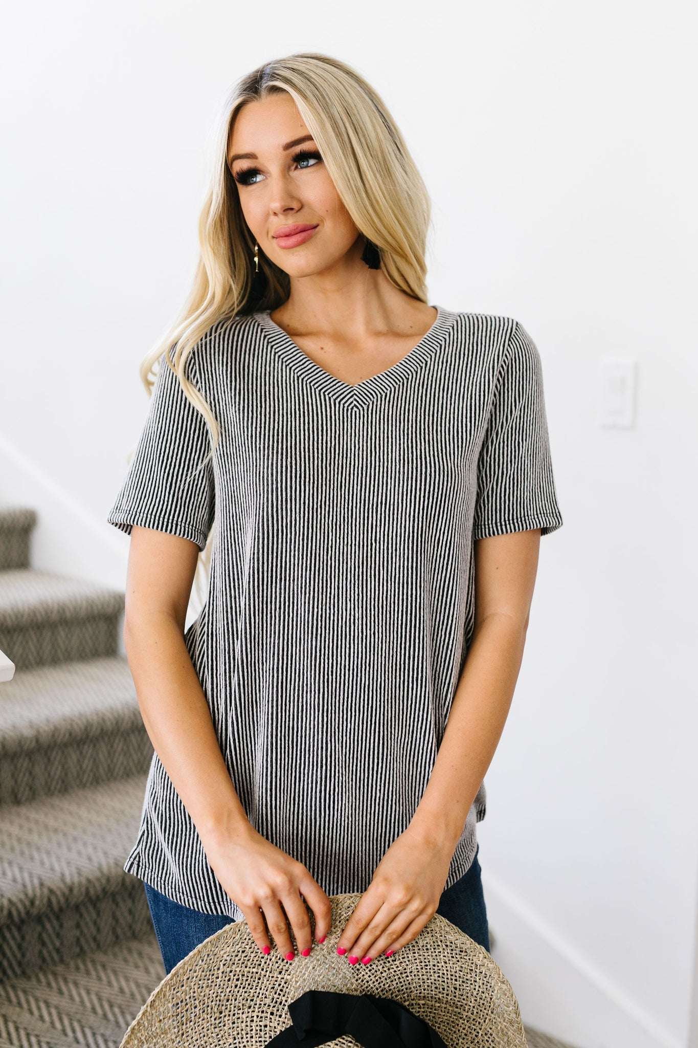 Two-Tone Ribbed V-Neck In Black