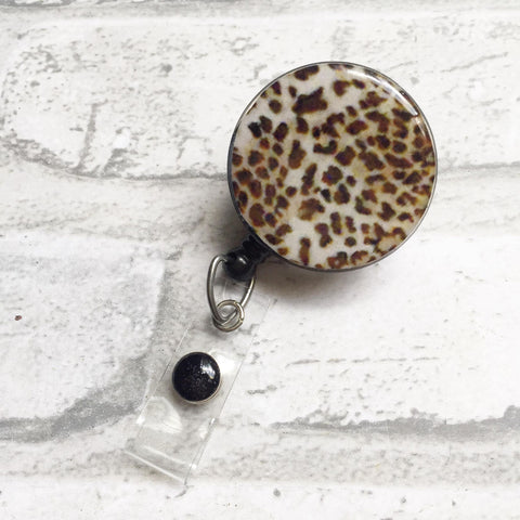 LEOPARD BADGE REEL
