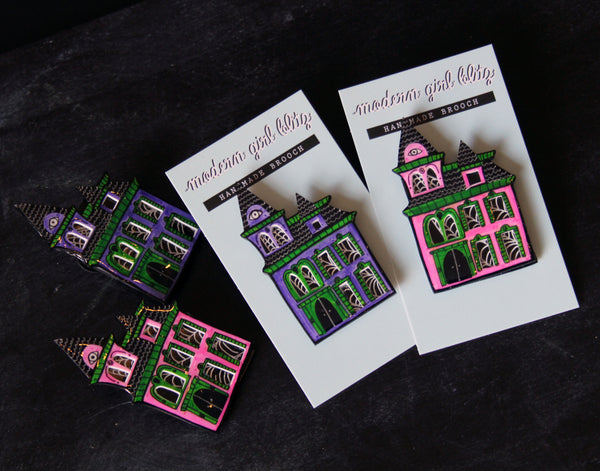 Haunted House Brooch in Pink