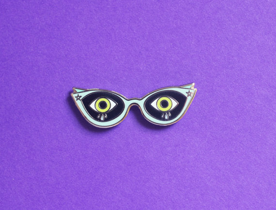 Scared Cat Eyes Enamel Pin