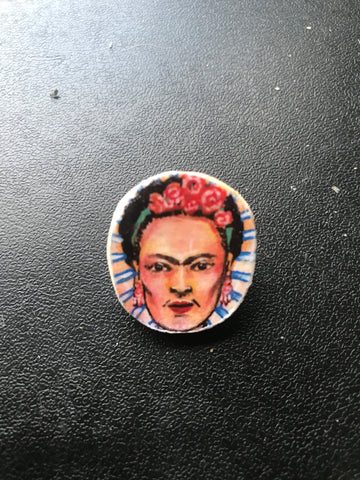 Frida Wooden pin