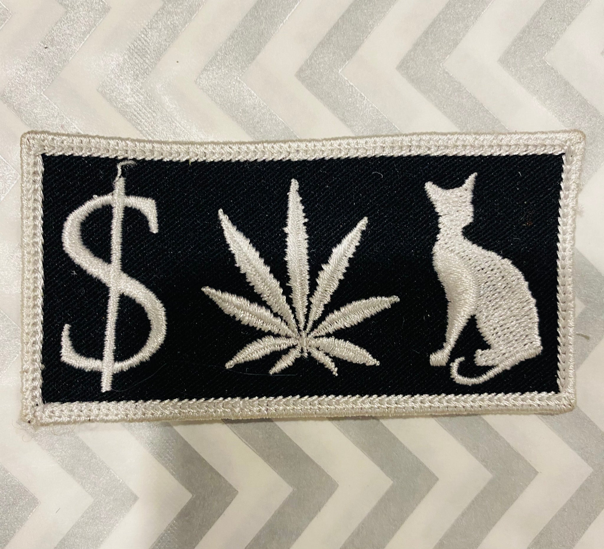 Money W33D Pussy Patch