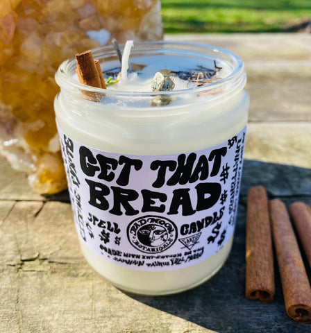 Bad Moon Botanicals Get that Bread Candle