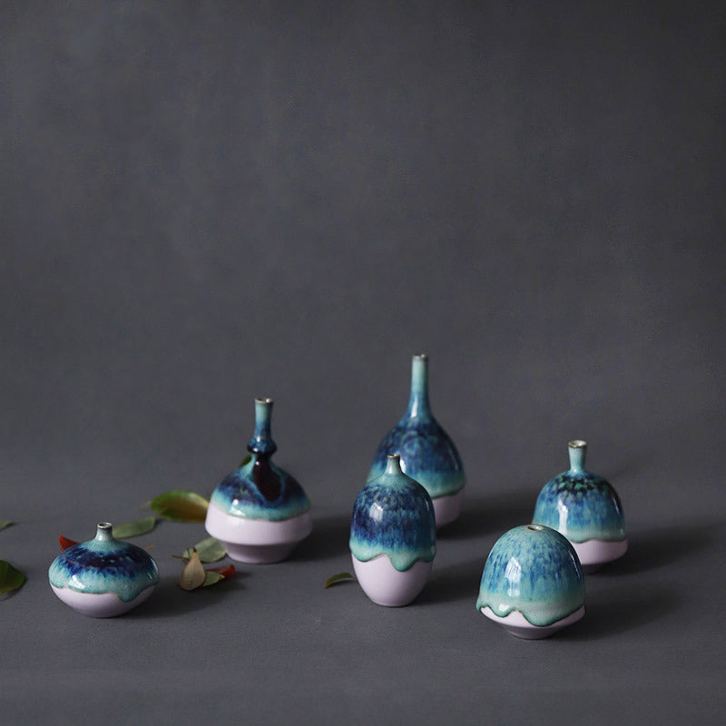 靛Dian - Handmade mini porcelain decor vase