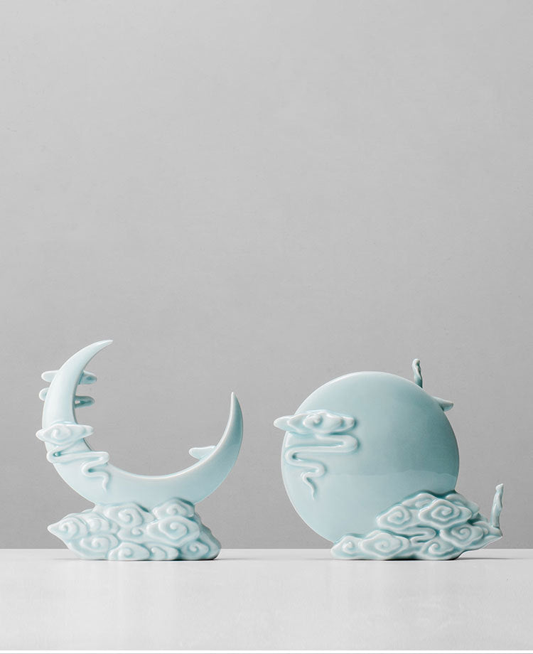 月 - Zen holy moon godness handmade porcelain home decor