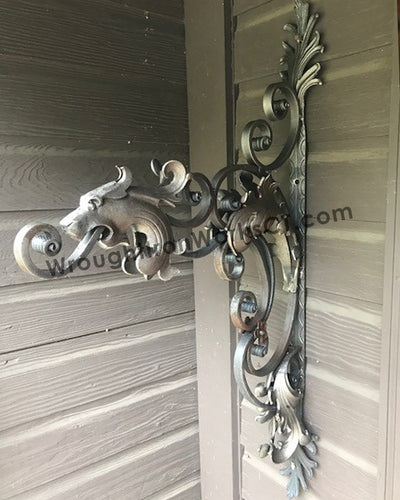 Wrought Iron Decorative Bracket with Lion