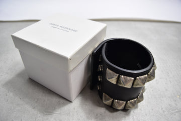 COMME des GARCONS /Leather Studs Bangle/11625 - 0123 96.89
