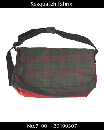 Sasquatchfabrix. / Tartan Check Messenger Bag