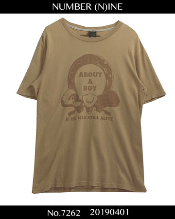 NUMBERNINE / 《 ABOUT A BOY 》 Guitar Graphic T-shirt