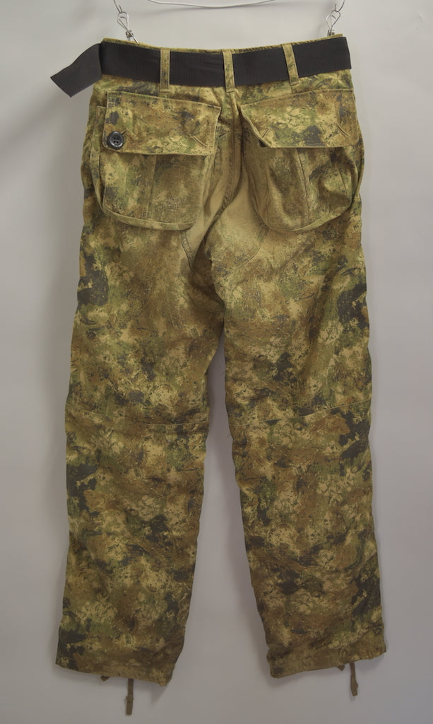 GENERAL RESEARCH / Military Camo Pants With Belt / 7479 - 0424 41.45