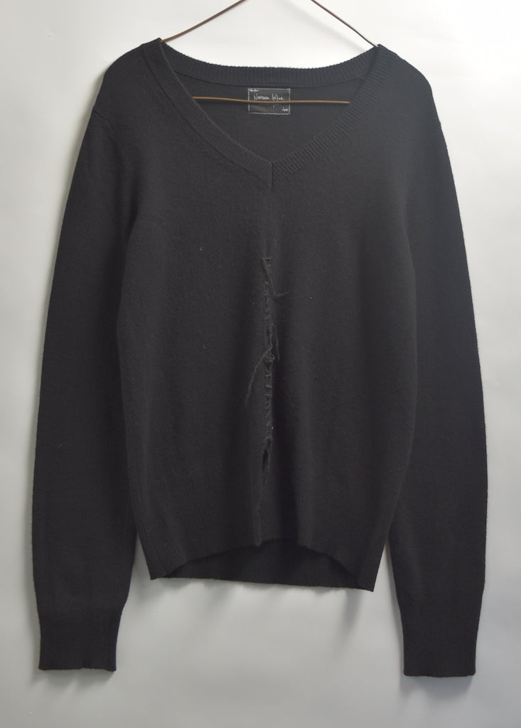 NUMBERNINE / Damaged V-neck Sweater / 8037 - 0619 58.5
