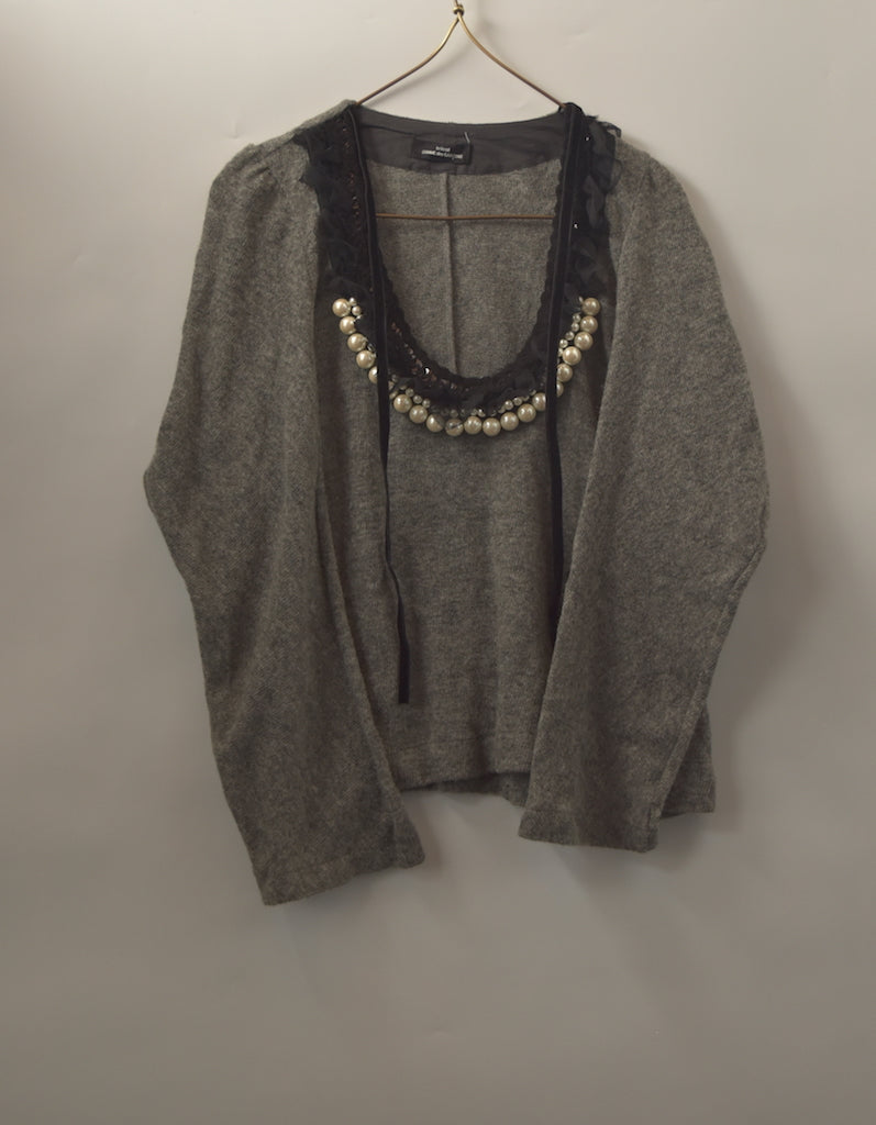 COMME des GARCONS / Necklace Attached Sweater / 8475 - 0731 80.5