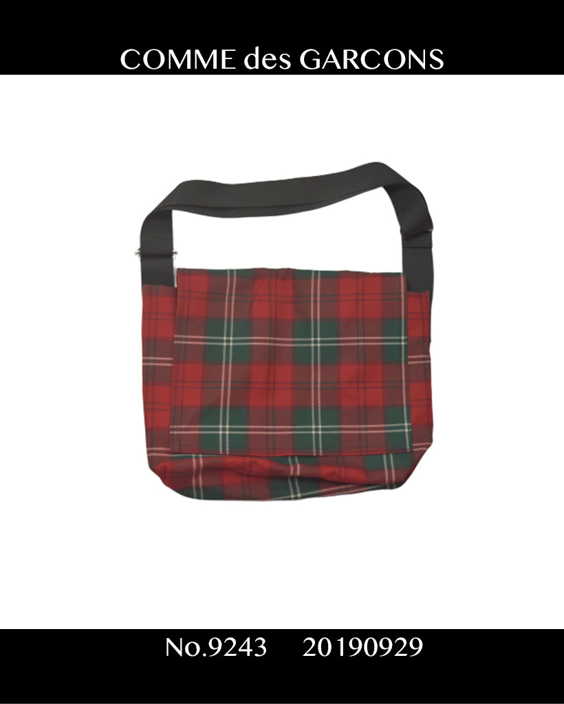 COMME des GARCONS / Check Shoulder Bag / 9243 - 0929 78.96
