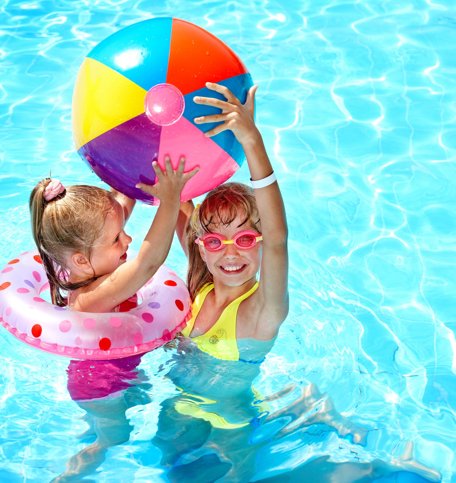 5 Pool Party Ideas To Start Summer Right