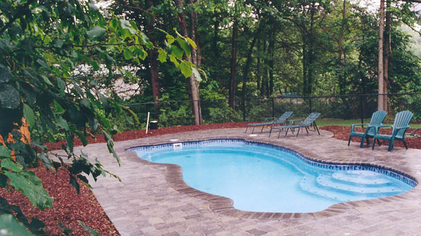 Rockport Freeform Fiberglass Pool