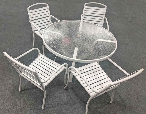 Rivington Patio Dining Set by Woodard