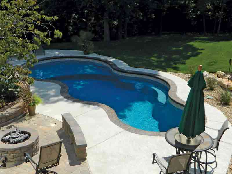 Axiom Modern Freeform Fiberglass Pool