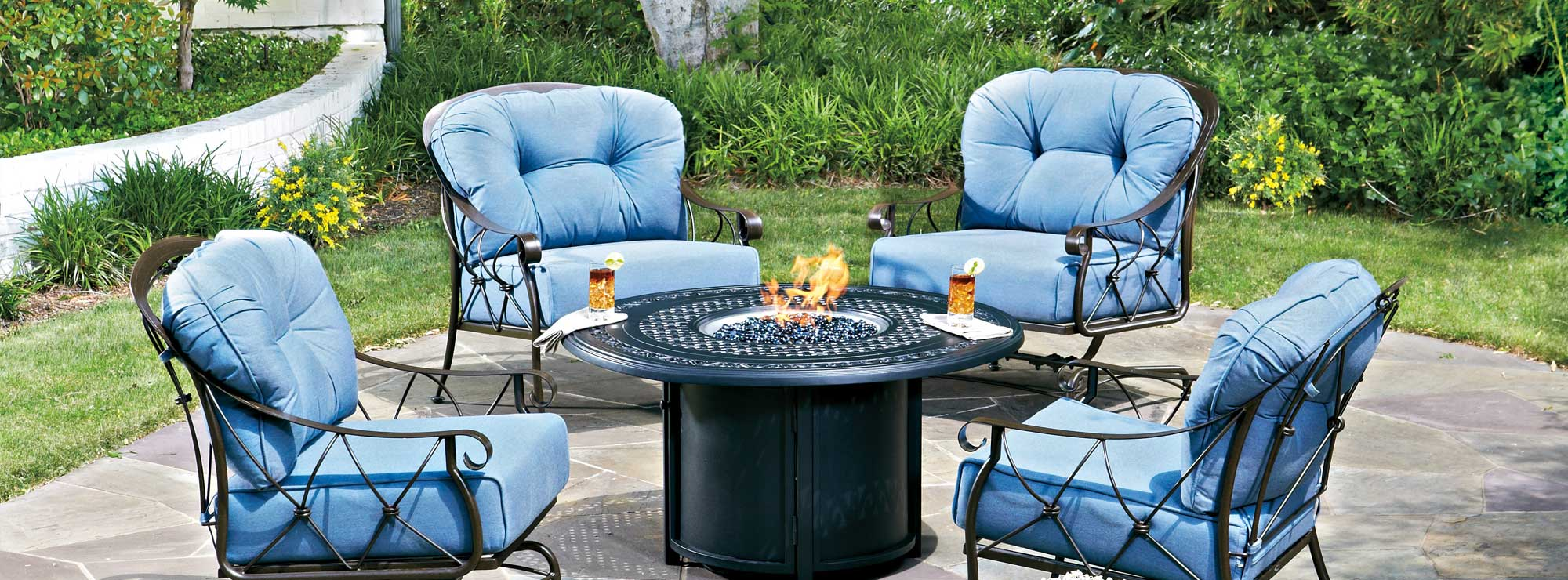 Woodard Derby Crescent Fire Pit/Love Seat Collection Banner