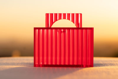 Sima Handle Clutch - Strawberry