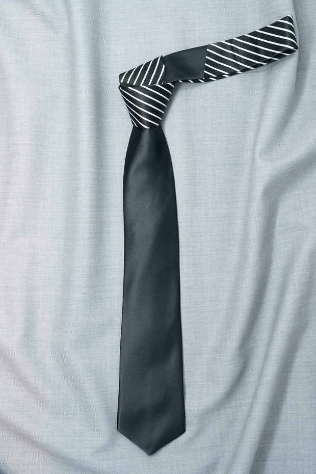 Regal Black Stripes Necktie
