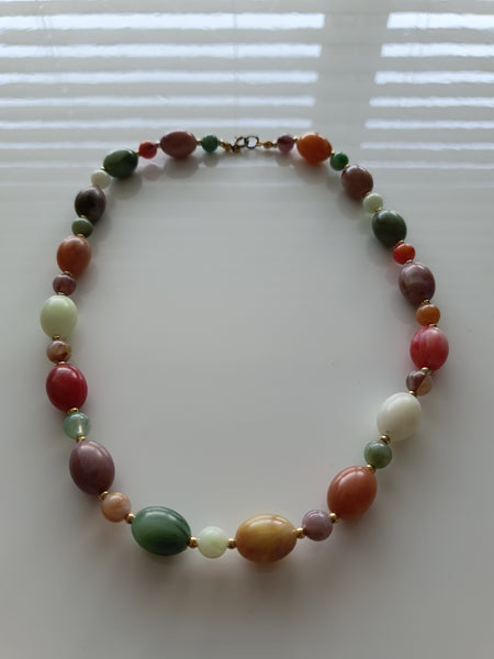 MULTI-COLOURED BEADS NECKLACE