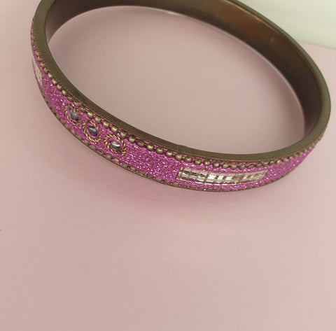 1980s PURPLE AND SILVER BANGLE BRACELET