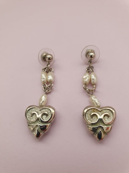 PEARLS AND HEART PENDANT EARRINGS
