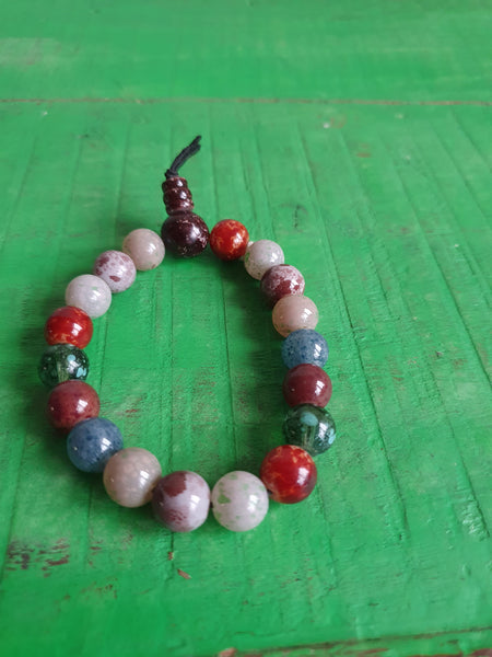MULTI-COLOURED BEADS STRETCH BRACELET