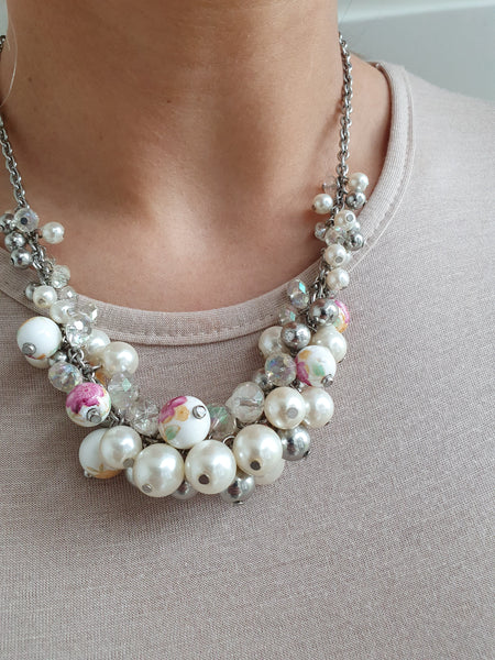 RETRO PEARL CLUSTERS NECKLACE