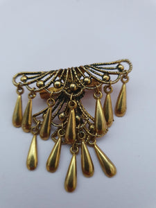VINTAGE GOLD TONE FAN SHAPED PENDANTS BROOCH