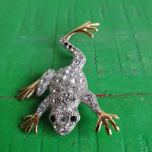 VINTAGE LARGE DIAMANTE CRYSTALS FROG BROOCH