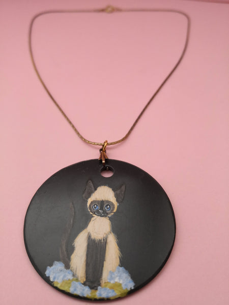 VINTAGE HAND PAINTED CAT PENDANT NECKLACE