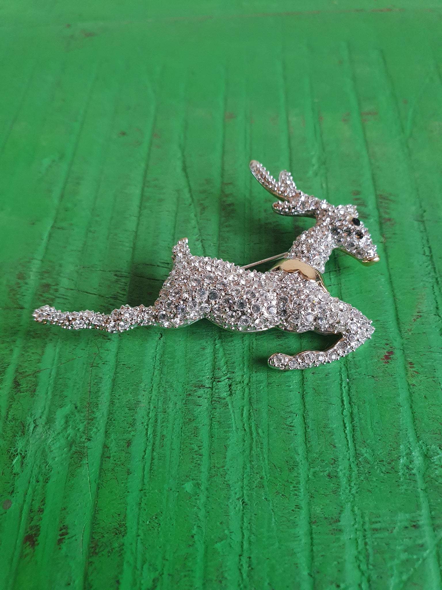VINTAGE LARGE DIAMANTE CRYSTALS REINDEER BROOCH