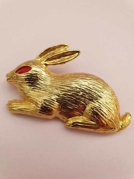 VINTAGE GOLD RABBIT BROOCH WITH RED JEWEL EYE