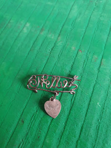 VINTAGE METAL 'HELLO' BROOCH