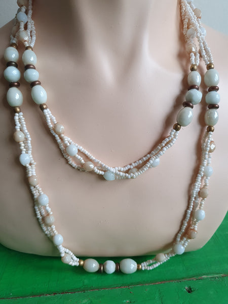 VINTAGE MILKY WHITE BEADS LONG NECKLACE
