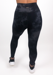 Perform Legging - Black Tie Dye