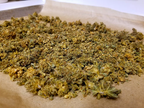 Decarbing and dehydrating weed for pot brownies